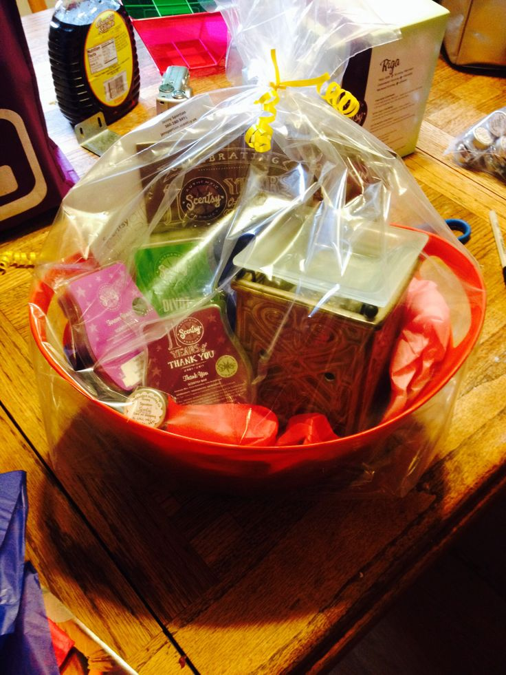 Another Scentsy fundraiser basket! I love doing these! www.jensponton.scentsy.us