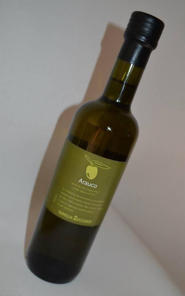 ETIQUETA PARA ACEITE DE OLIVA. Diseño o rediseño de etiqueta de aceite de oliva, a partir de una existente. Análisis de gondola, para reconocer códigos de la categoría (aceites en general y aceites de oliva en particular).