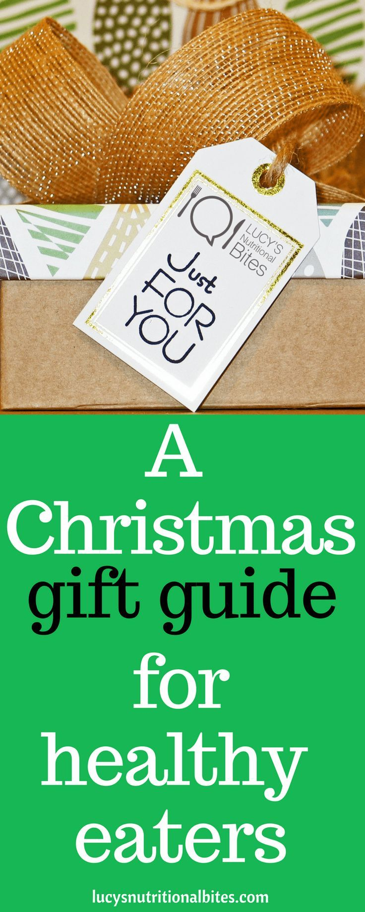 Are you looking for fabulous kitchen gift ideas for a healthy eaters? Do you know someone on diet or weight loss plan who doesn't need a box of chocolates as a gift this year? Here are over 20 gift ideas and all for under $30. gifts for friends // Christmas gifts // present ideas for mum // kitchen gadgets #giftguide #giftideas #gifts