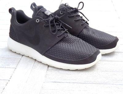 Nike Roshe run black woven