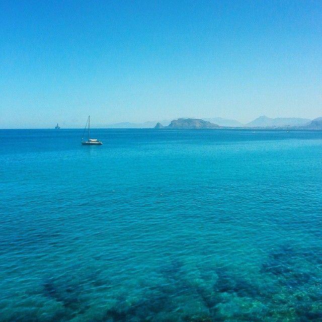 La cura per ogni cosa è l'acqua salata: il sudore, le lacrime o il MARE #blue #sicilia #palermo #ItFeelsSoGoodInTheBay