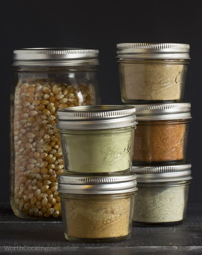 5 Fun Ways to Flavor Popcorn- These seasoning mixes turn popcorn into something truly special. | WorthCooking.net