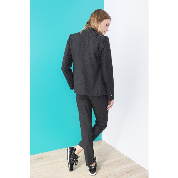 "<p>Add a chic note to the POINTILLISTE trousers by wearing them with a flowing blouse and heeled pumps. With their 7/8 length, they can also be worn with boots for a silhouette that falls somewhere between the masculine and the feminine.</p>  <p style=""padding-left: 30px;"">- Suit pants<br />- 2 pockets <br />- Jacquard with tiny spots<br />- Loop's belt</p>  <p>Charlotte measures 1m75 and wears a 36 size.</p>"