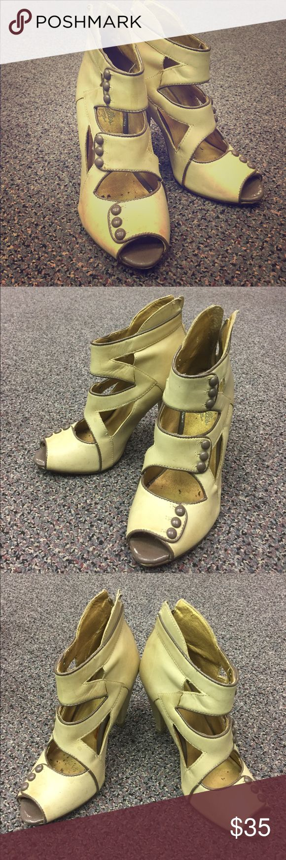 Seychelles Victorian/Steam Punk Button-up Heels Seychelles Victorian/Steam Punk Button-up Heels. Cream leather with cutouts and taupe button/edging details. Zipper back. Gently worn, heels have some scuffs. SUPER comfy strutting around downtown. 6 (36) Seychelles Shoes Heels