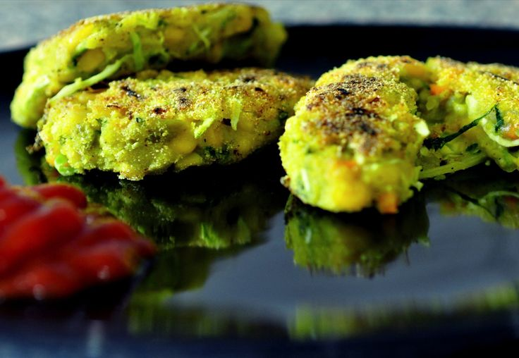 VEG TIKKIS  If you have boiled potatoes lying in the fridge, nothing better than to fix them into nice crunchy patties.  Can be had by themselves, or as patty in a sandwich.