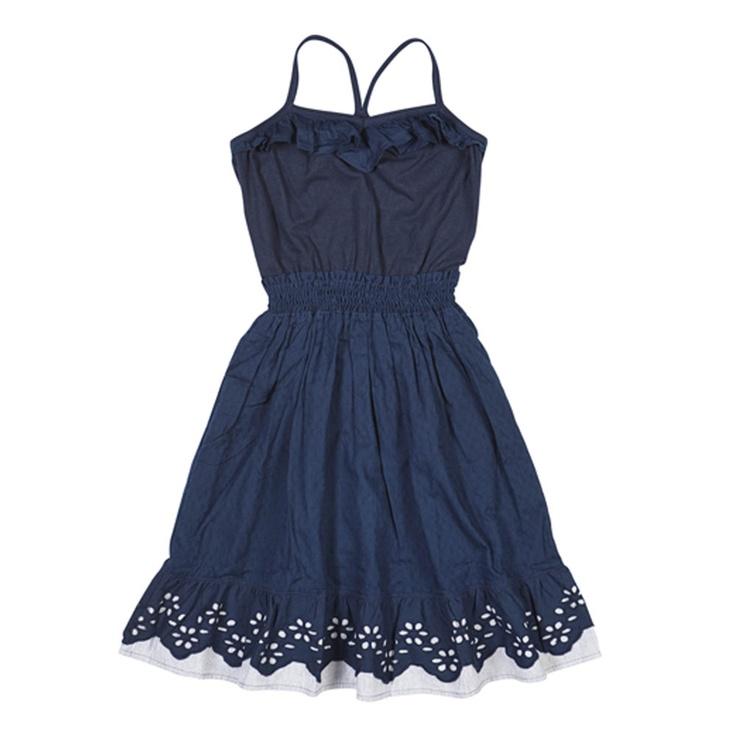 Bu elbise, Mudo Fts64'ün sıradışı çizgileri ve rahat tasarımıyla yeni yaz sezonunun dikkat çekici modellerinden biri olacak.