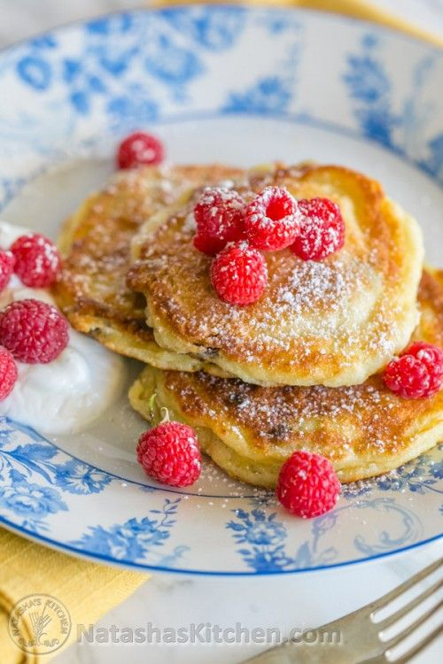 You must try these simple yet delicious Ukrainian syrniki with Farmer's cheese. They known as tvorog pancakes. Soft on the inside, golden outside. Yum!
