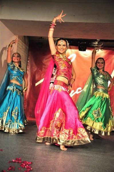 Индийские костюмы для индийского танца
