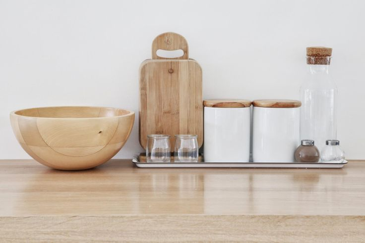 MILONI kitchen inspirations - natural wood and white colors.