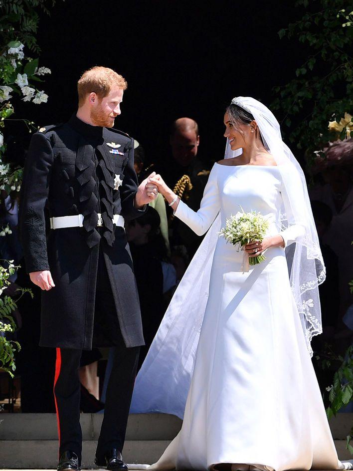 Die Royale Hochzeit 2018 So Schon Ist Meghan Markles Brautkleid Hochzeitskleid Royale Hochzeiten Hochzeit