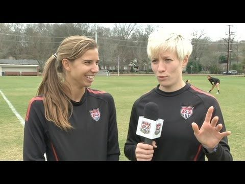 US soccer players trying to speak French hahaha failure... 1