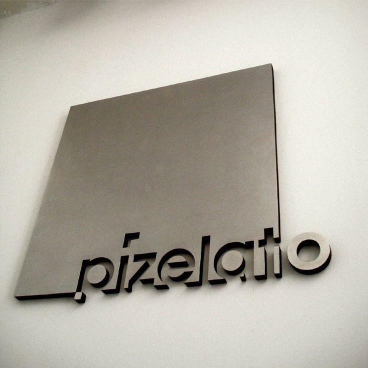 Hiiibrand Competition 2011 - Entry: Pizelato Immagine Corporativa