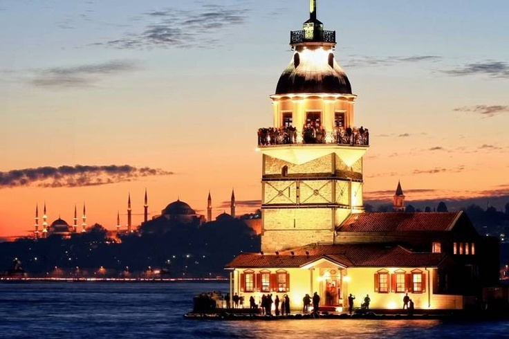 The Bosphorus River and Maiden's Tower in Instanbul from MediterraneanVisits: www.medvisits.comKiz Kulesi, Istanbul Turkey, Istanbulkız Kulesilightsc, Istanbul Kız, Travel Dreams, Towers Kiz, Maiden Towers Istanbul, Istanbul Romances, Amazing Places