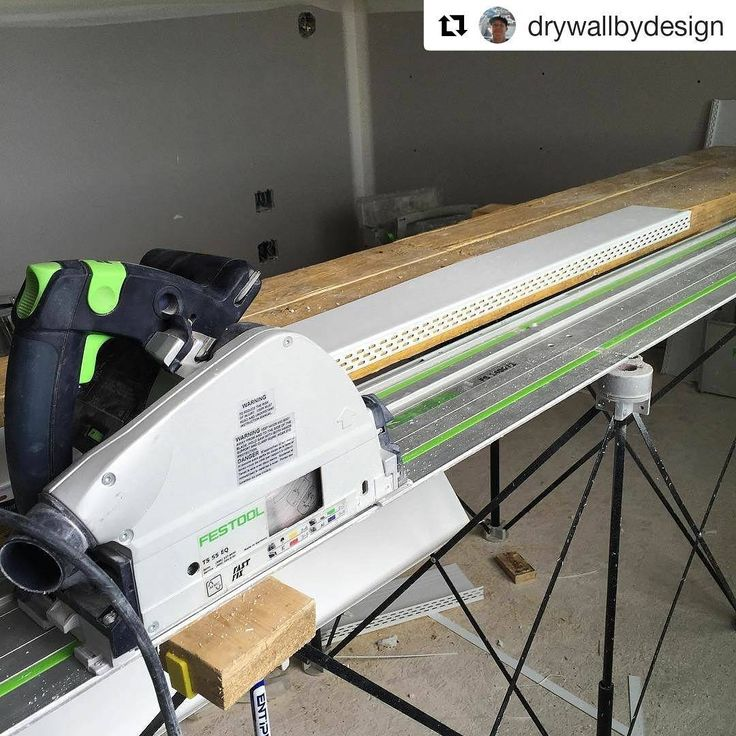 #CentipedeSupport #portable #jobsite #workspace for #trimming drywall beads for a perfect fit in this repost via @drywallbydesign:    My setup for trimming the @trimtex_drywall giant L-bead to an exact width so it fits into the mill core slot in the window jambs. @drywallnation #drywallfinisher #drywallnation #drywall #festool @festool_usa @centipedetool  ・・・  (@get_repost)  #CentipedeTool #mobile #workshop #workbench #temporary #woodshop #worktable #stand #sawhorse #carpentry #joinery...