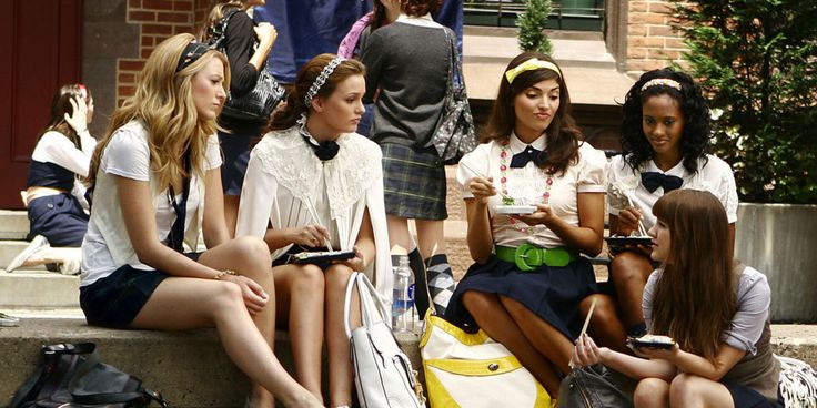 19 Signs You Went to an All-Girls Schools