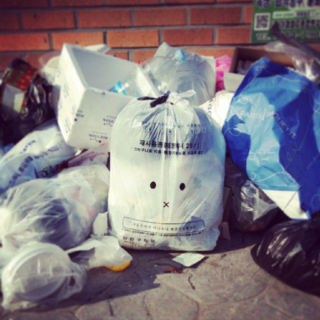 sunxez / #trash don't speak / #골목 #쓰레기 / 2014 01 05 /