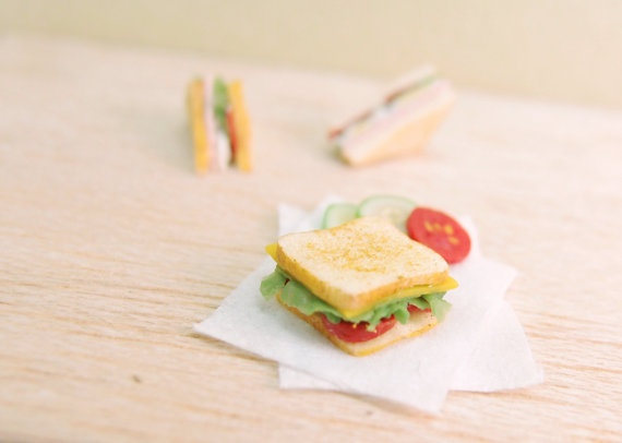 Tomato cheese lettuce sandwich- 1:12 dollhouse miniature via Etsy.