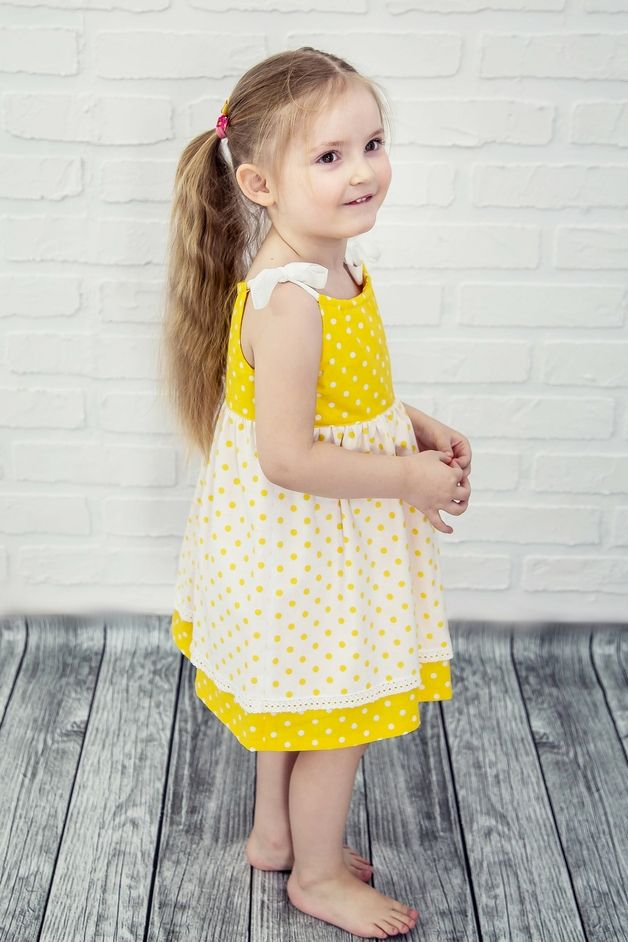 Abiti - Abito di cotone bianco - puntini gialli - un prodotto unico di casual_natural_clothes su DaWanda