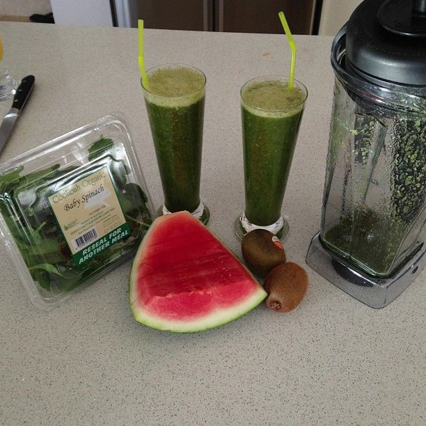 Ashy Bines - Organic spinach, watermelon and kiwi fruit green smoothie! SO delish!!                                                                                                                                                                                 More