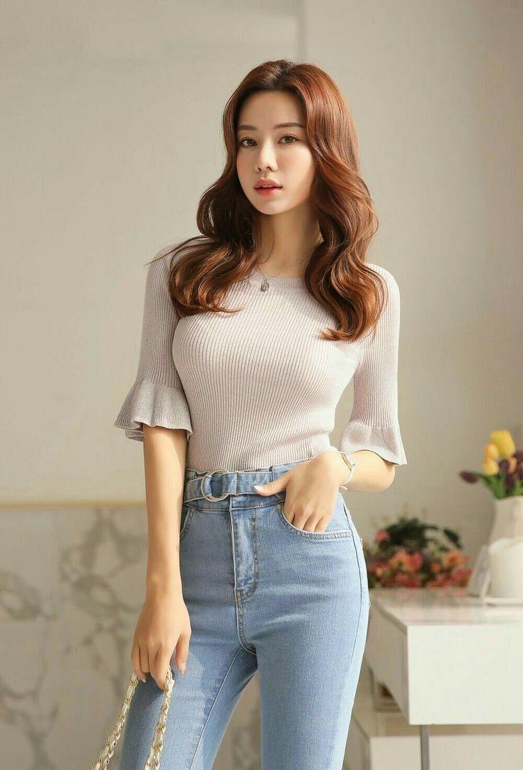 Beautiful Sexy Korean Girl Wearing Black Lace Dress