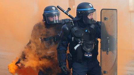 Protesters march against Macron labor reforms on fifth day of national demonstrations (WATCH LIVE) https://tmbw.news/protesters-march-against-macron-labor-reforms-on-fifth-day-of-national-demonstrations-watch-live  Workers unions across France have taken to the streets for the fifth consecutive day of protests against under-fire President Emmanuel Macron's controversial labor reforms, which are due to take effect in January 2018.The new law will afford French businesses more leverage in…