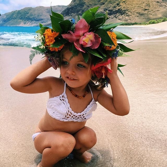 aloha // hibiscus // orchid // tropical flowers // lei // flower crown // beautiful inspiration for all of us at Coco Moon Hawaii     #Regram via @ocean_dreamerr
