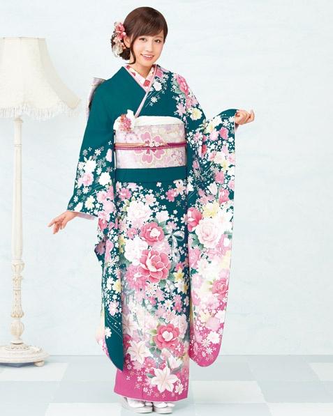 Atsuko Maeda #kimono #japan