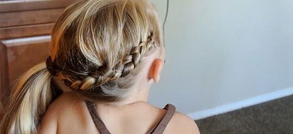 Δείτε βήμα-βήμα πώς να κάνετε πέντε υπέροχα χτενίσματα στην κόρη σας -ή και στον εαυτό σας- εύκολα και γρήγορα!