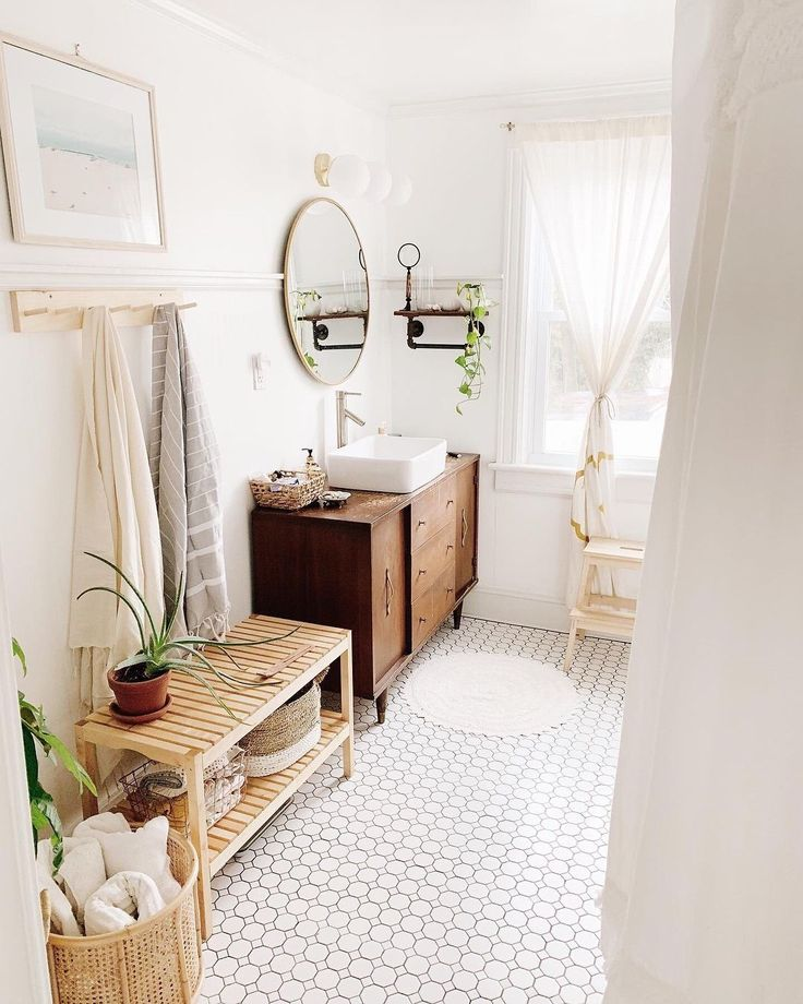 "Apartment Therapy on Instagram: ""This is the bathroom ..."