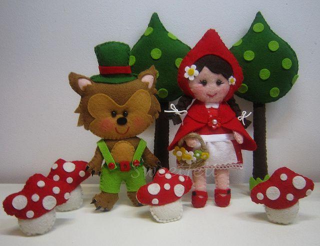 ♥♥♥ Onde vais Capuchinho Vermelho? perguntou o Lobo Mau... by sweetfelt \ ideias em feltro, via Flickr