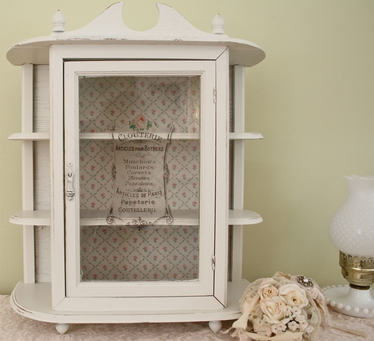 A Sweet Little Curio Cabinet