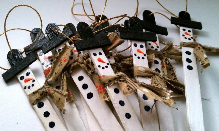 Dozen SNOWMAN Popsicle Stick Ornaments. $7.80, via Etsy.
