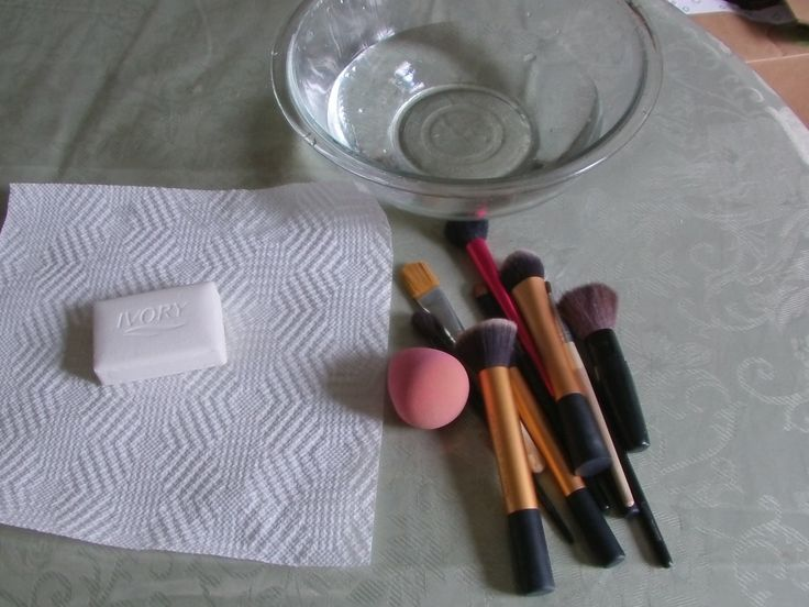 DIY: How to clean your makeup brushes and Beauty Blender!! for pennies!!