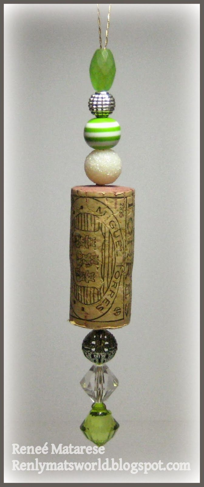 Wine cork ornaments galore! - Renlymats World