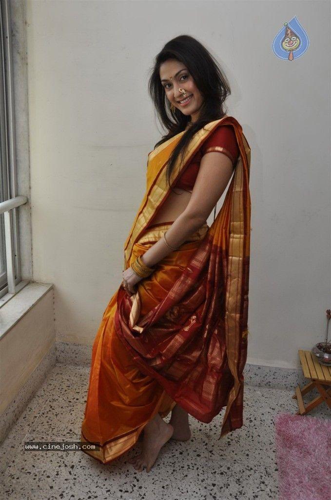 nauvari saree beauty