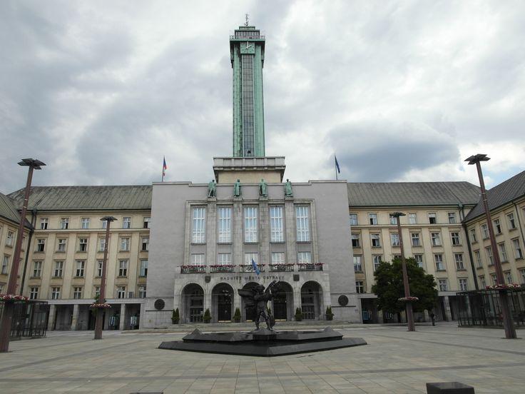 Ostrava - ratusz i wieża widokowa