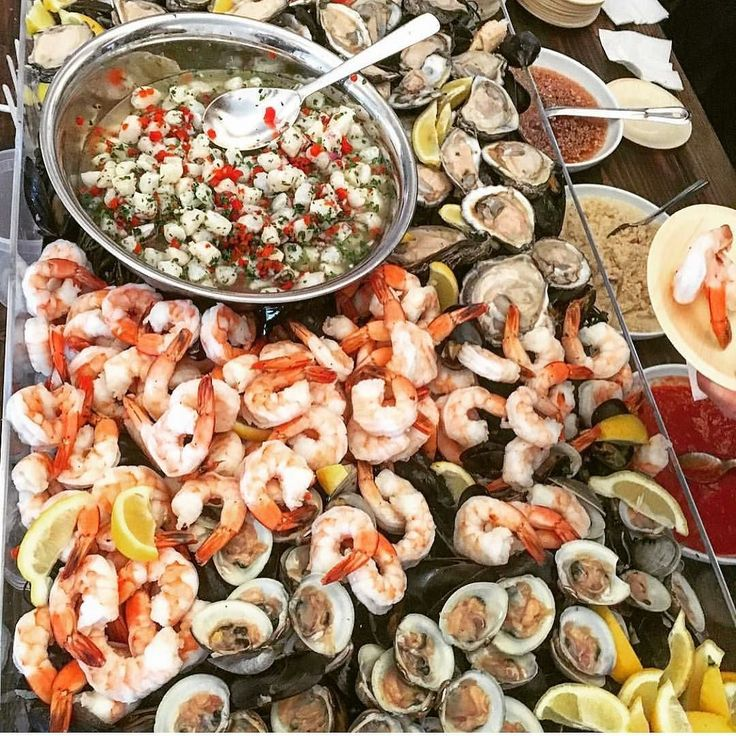 Just a wee bit of seafood for this astonishing rawbar!   #foodiefriday #rawbar #seafood #catering #craveit #njcaterer #nycaterer #craving #caterers #landmarkvenues #landmarkhospitality