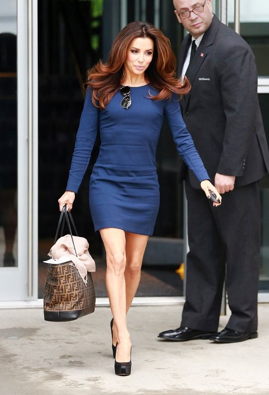 Eva Longoria - dress is a little wrinkly and a tad short, but love the look.