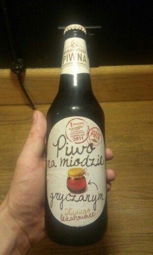 Manufaktura Piwa. Jedno z lepszych miodowych. Nie za slodkie.