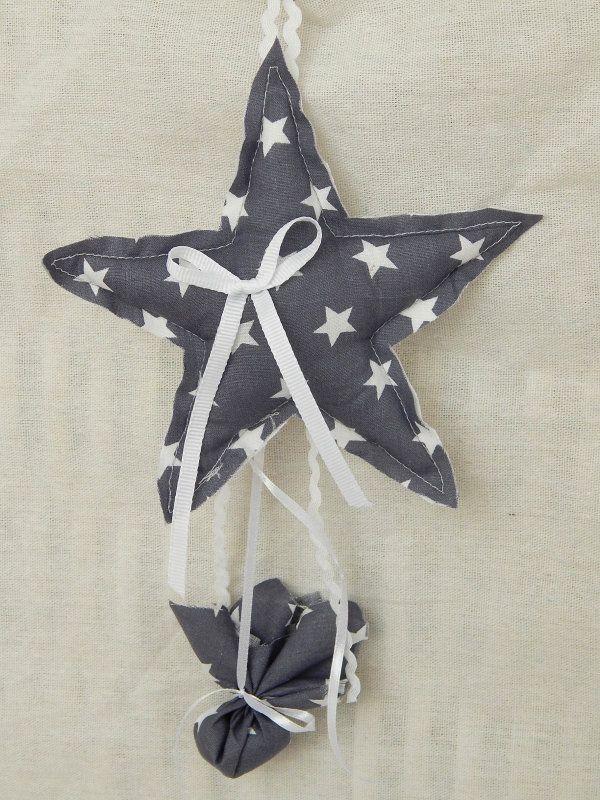 Κρεμαστή μπομπονιέρα βάπτισης - Χειροποίητο, υφασμάτινο αστεράκι (γκριζωπό μπλε) σε διαστάσεις 16x16.5 cm