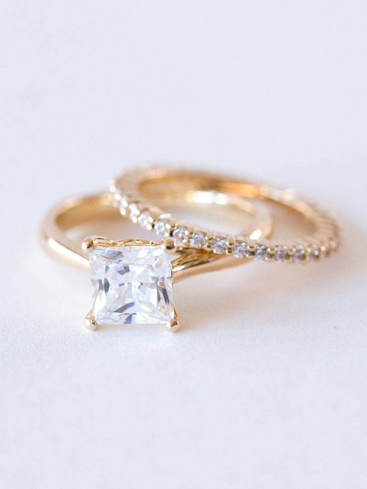 Solitaire Princess-Cut Engagement Ring | ESTÉE RING – Davie & Chiyo