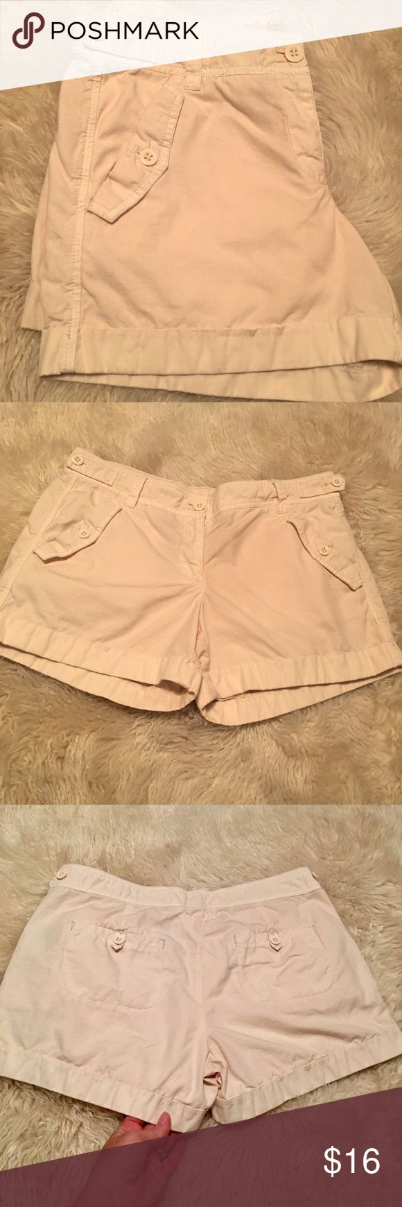 J. Crew chino cream shorts Excellent condition off white/cream colored chino shorts with front pockets and back pockets. 3.5 inch inseam. No stains or tears. J. Crew Shorts