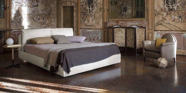 Poltrona Frau   Massimosistema Bed.   For more inspirations visit: www.bedroomideas.eu   #bedroomdecoratingideas #bedroomdecoration #bedroomfurnituredesign