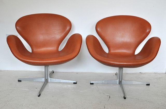 85 best design arne jacobsen 1902 1971 images on for Chaise fourmi jacobsen