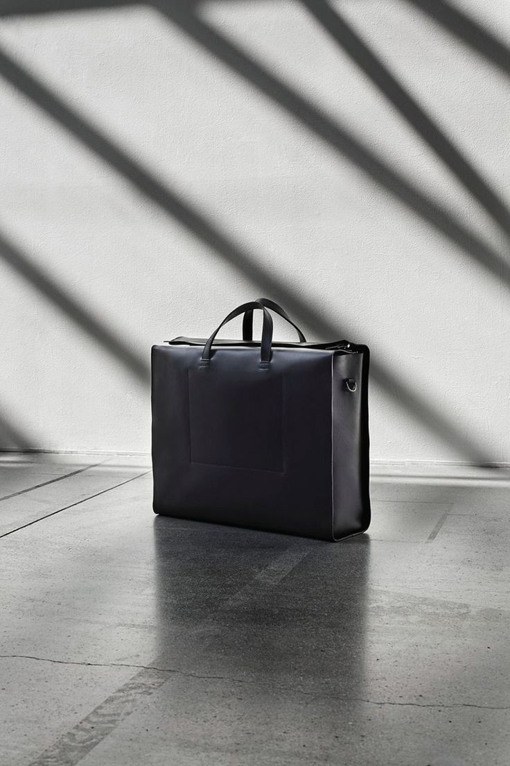 C-DELLSTRAND-SS14-Lookbook2: Black leather briefcase for men