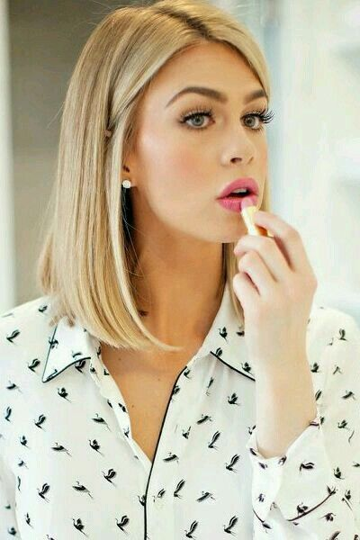 A long bob slightly angled towards the front lengthens the neck and calls attention to the collar bone.