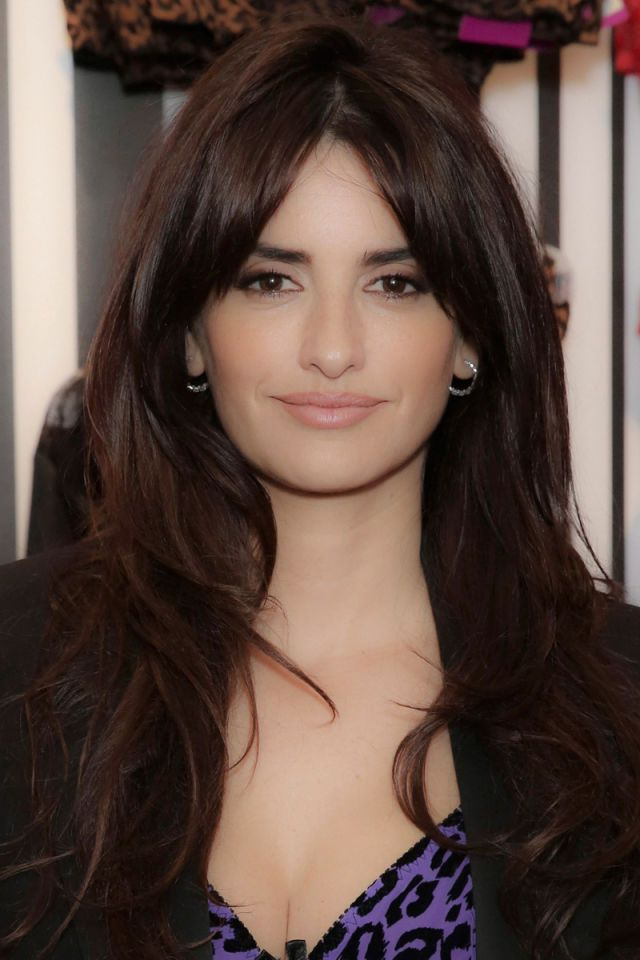 Celebrities With Long Thick Hair for round face