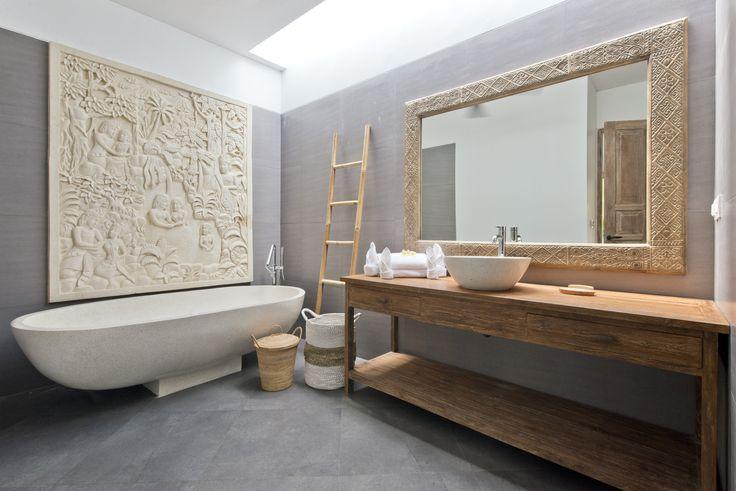 Bathroom of a 2 bedroom villa of The Decks Bali Villas, Legian. #TheDecksBali #Bali #beachvacation #travel