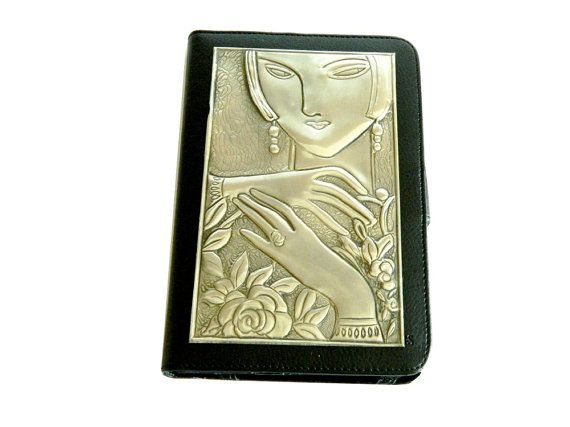 Kindle Fire Case Lady Face by Loutul on Etsy, £29.00