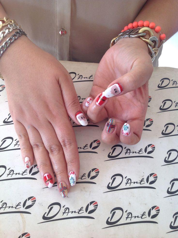 #Dartsalon #dartnails #art #christmas #SantaClos #Presents #nails
